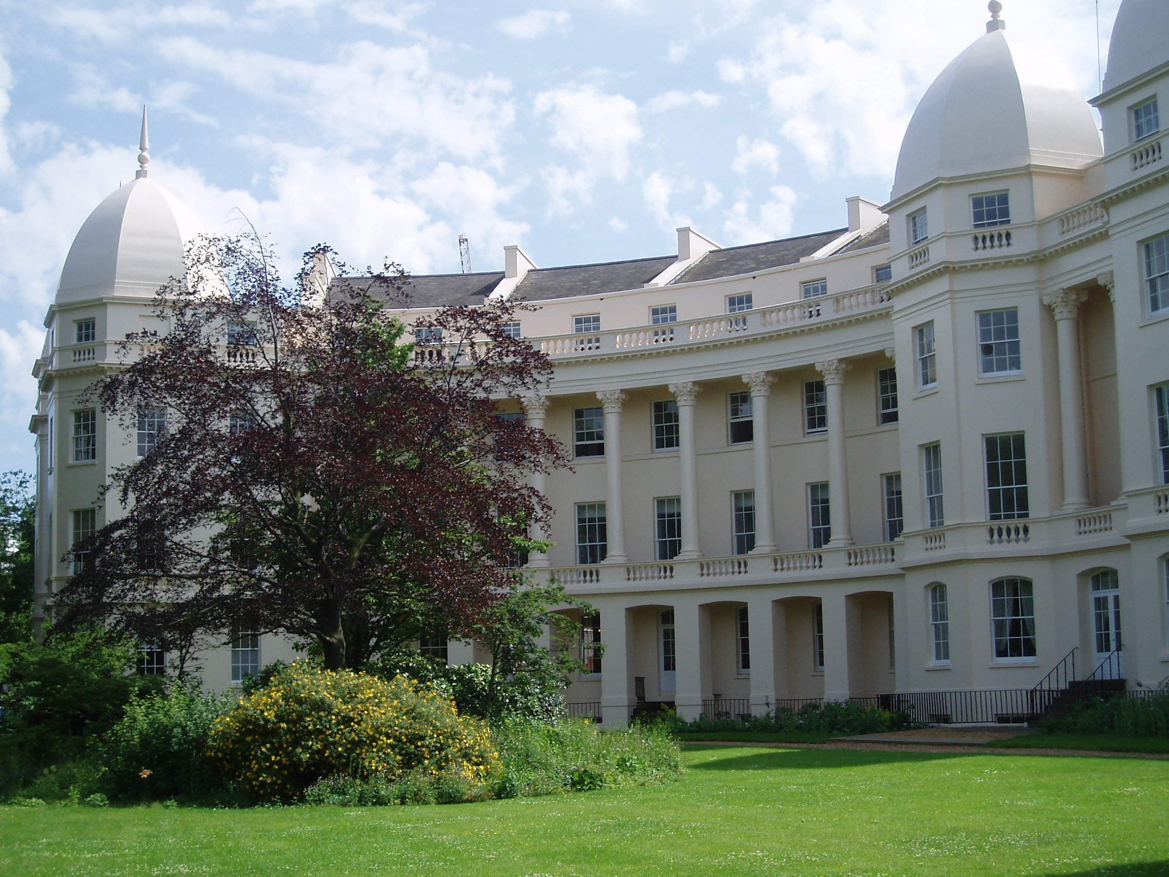 london business school foreign students